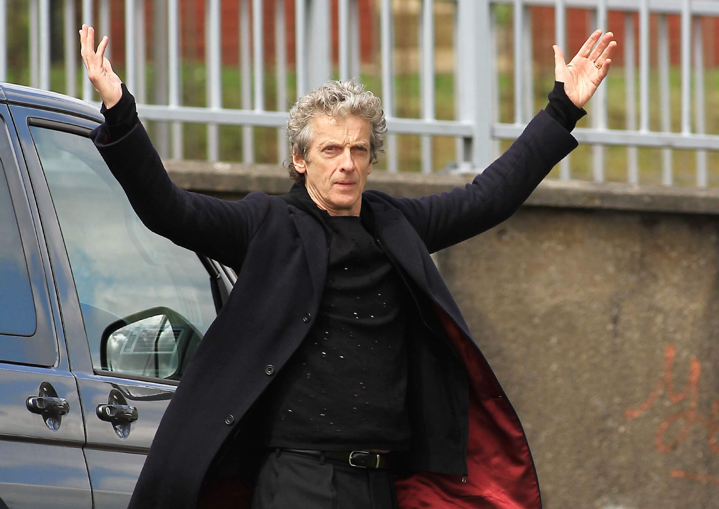 New pics of Peter Capaldi filming on Doctor Who Series 9 - Peter ...